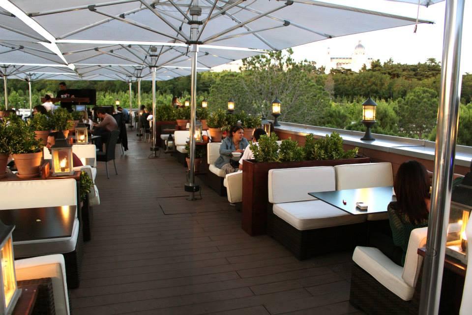 40 mejores terrazas de madrid para tocar el cielo eat for Cubiertas acristaladas
