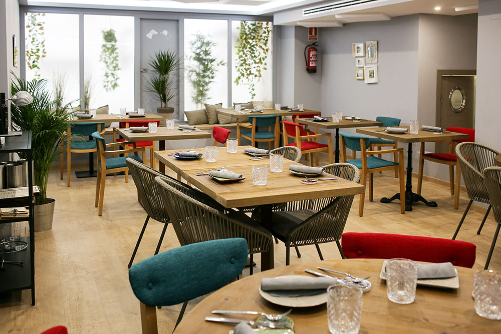 sala Lúbora bistró restaurante Madrid