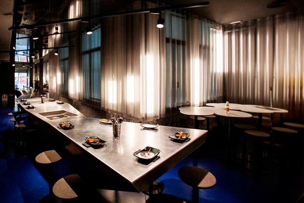 sala barra Eme /M restaurante peruano Madrid