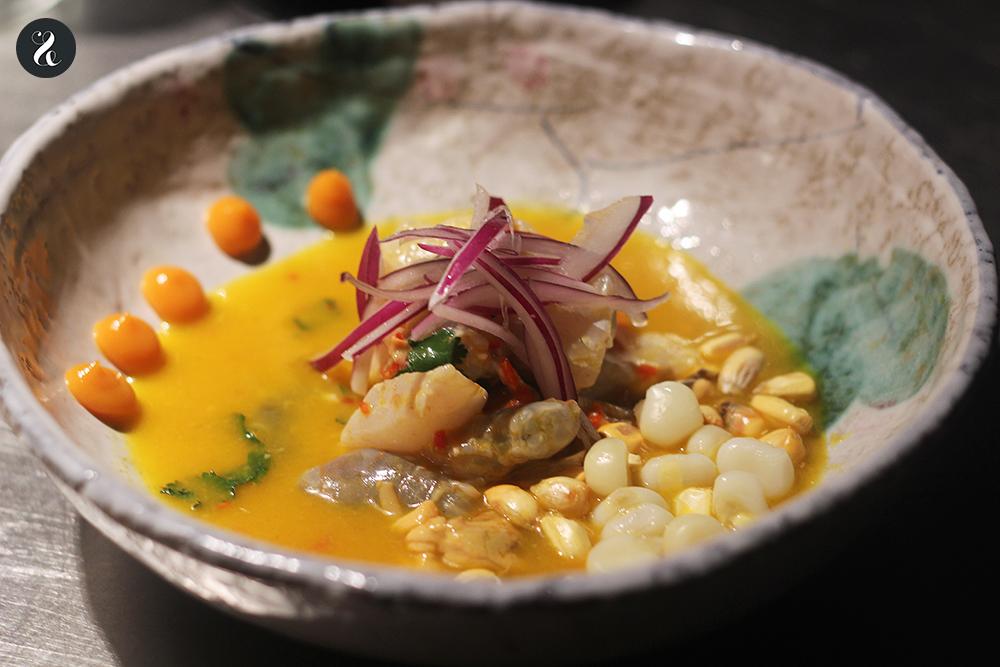 ceviche mixto barra Eme /M restaurante peruano Madrid