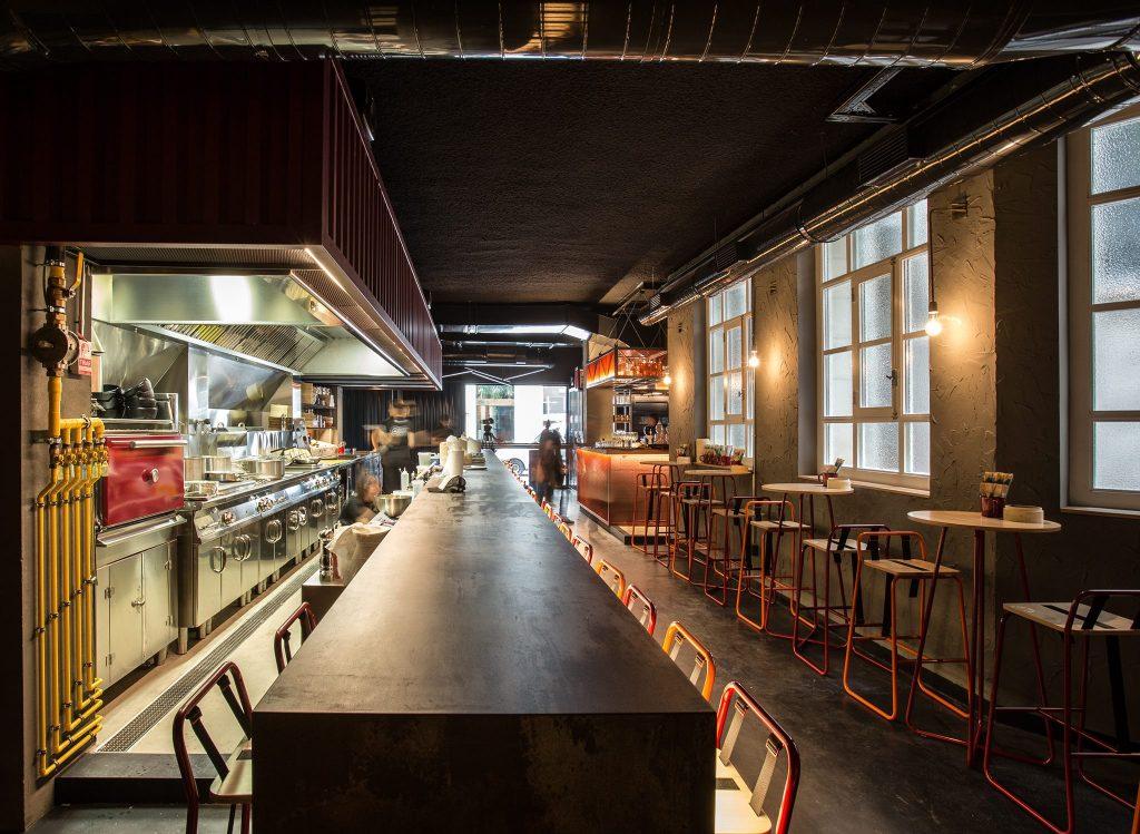 Arallo barra cocina contaminada Madrid