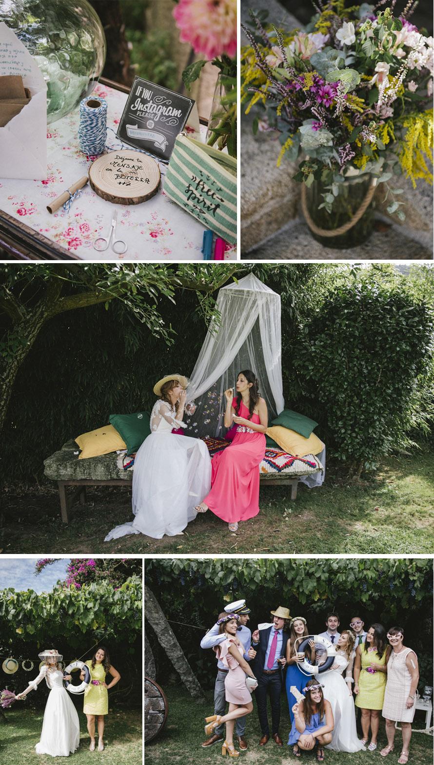 Mesa de firmas con botella para dejar un mensaje a los novios en un pergamino; rincón mosquitera y photocall con salvavidas de la boda y cuerda con sombreros