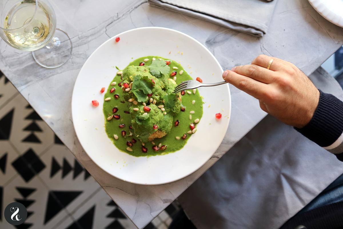 coliflor rustida con romescu - Gigi restaurante Madrid