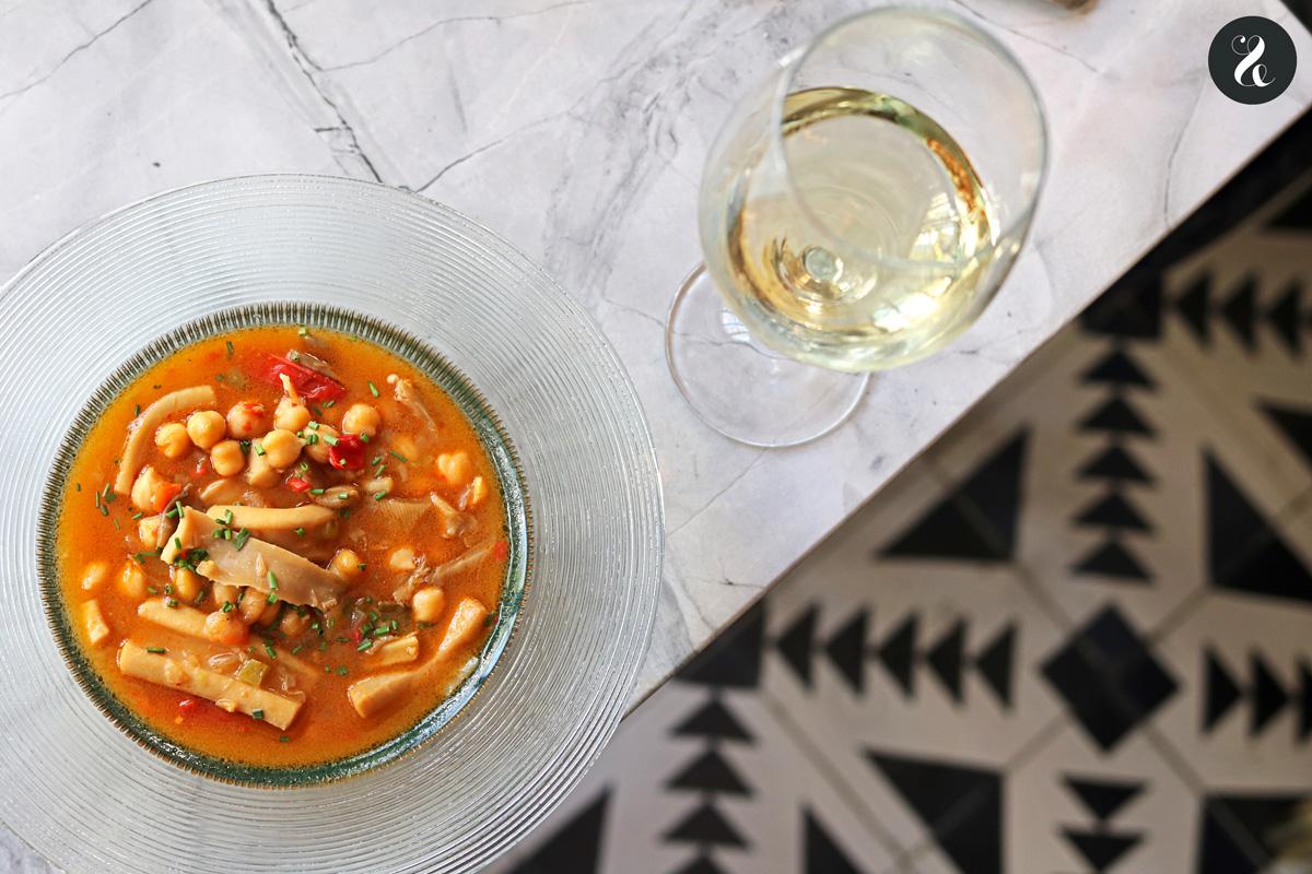 garbanzos melosos de calamares - Gigi restaurante Madrid