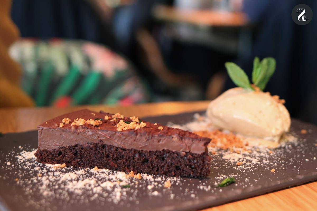 Tarta de chocolate picante - restaurante El Buda Feliz Madrid
