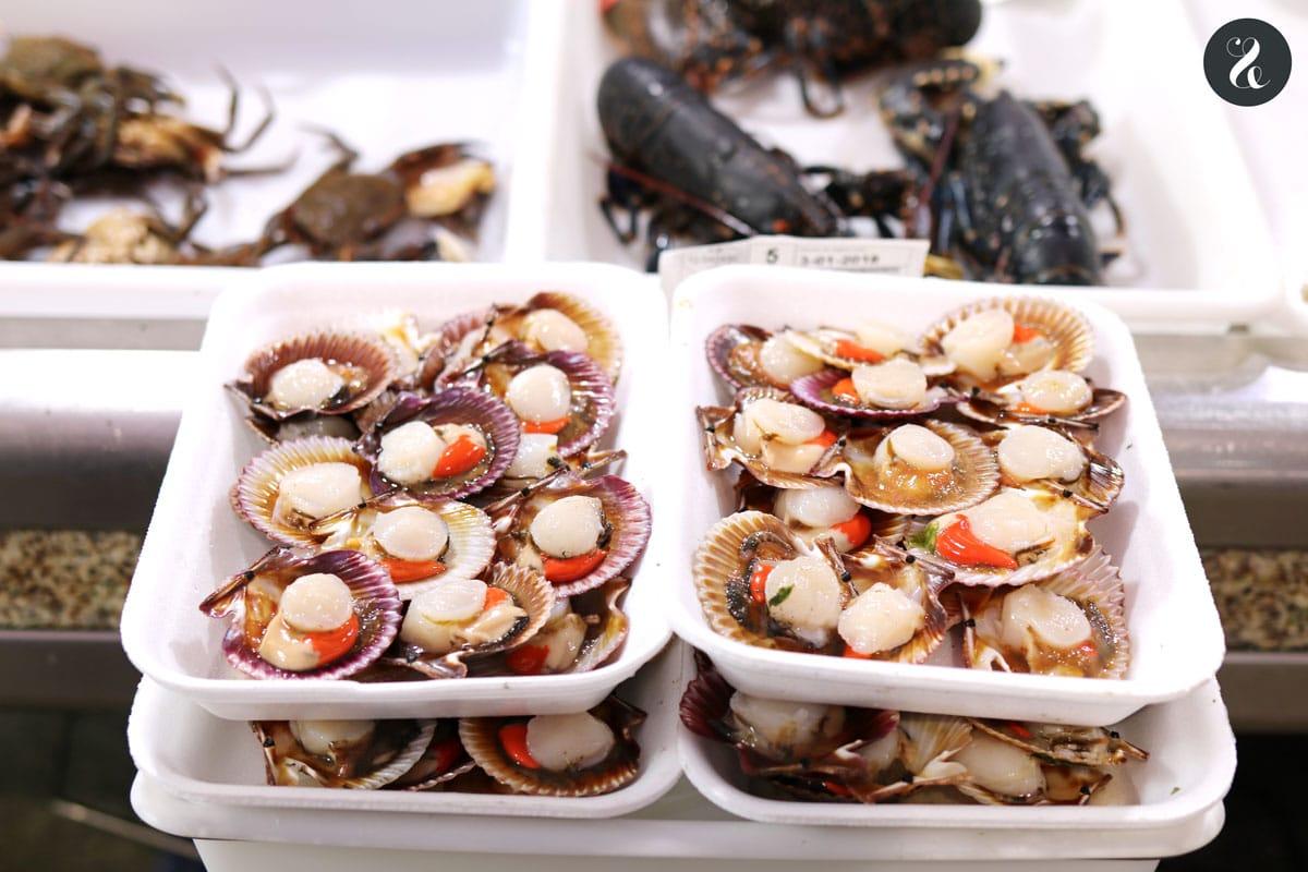 Mercado de Abastos - guía viaje comer santiago de compostela galicia