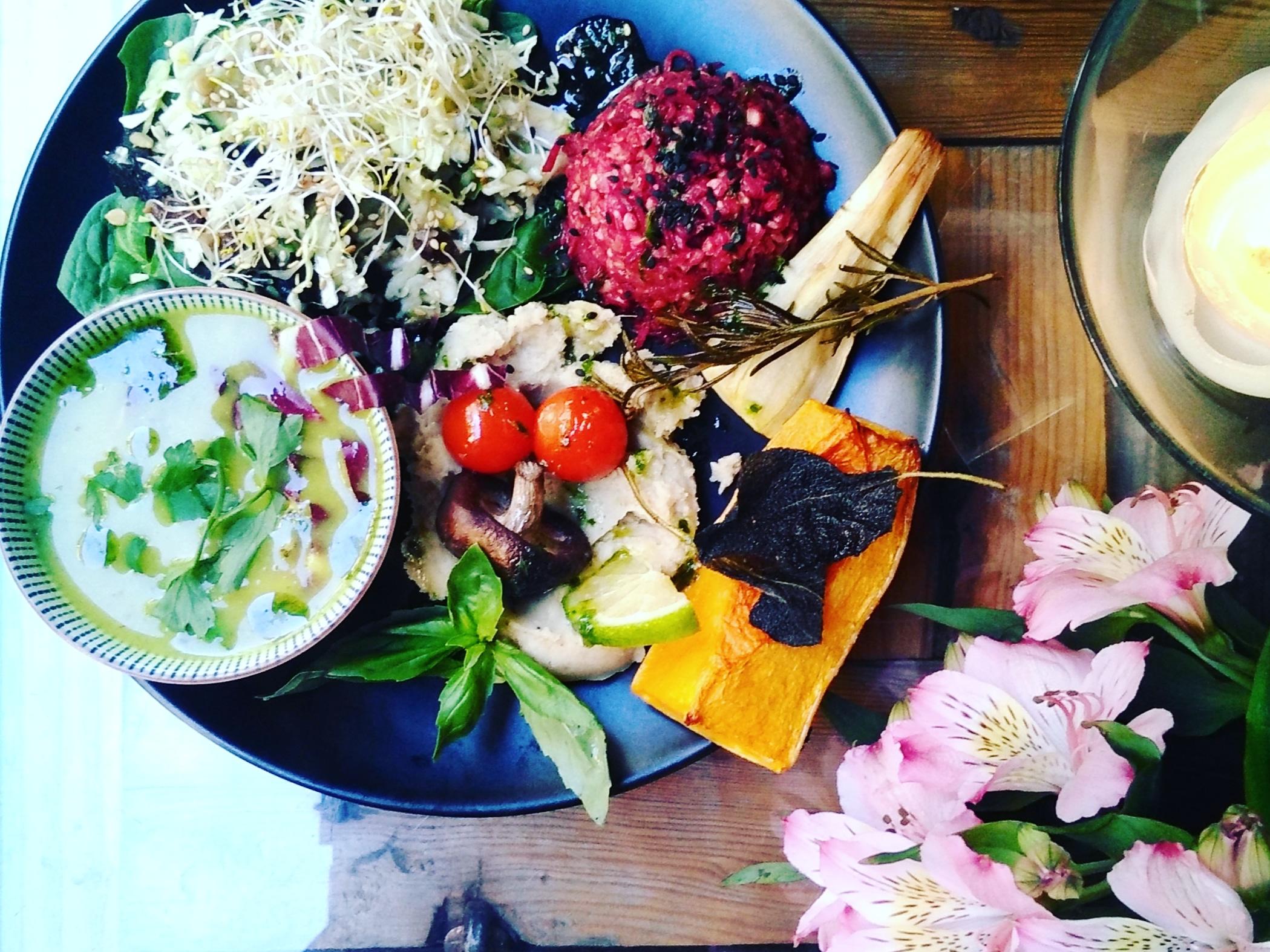 Mejores restaurantes veganos y vegetarianos de Madrid - Tiyoweh