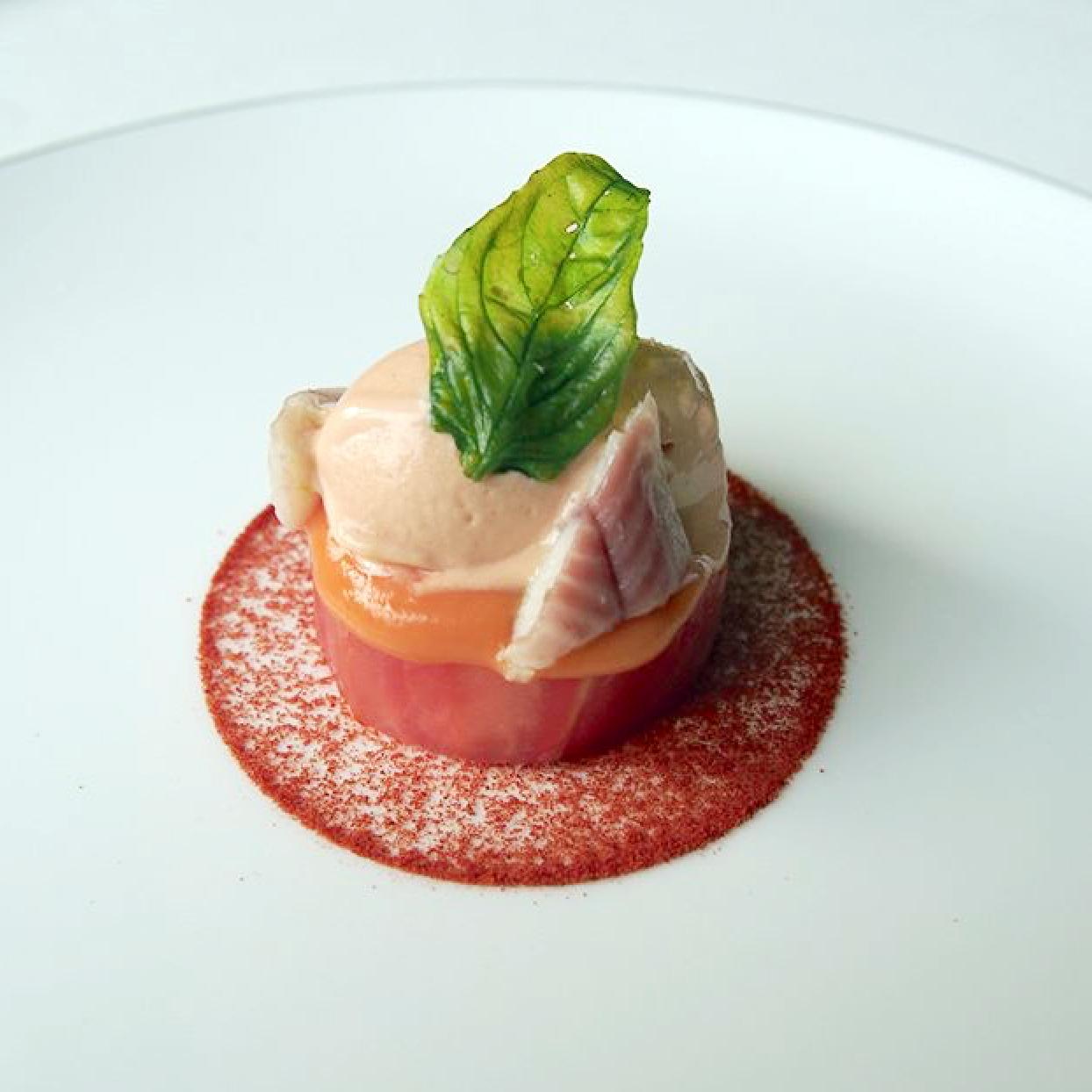 tomate texturas anguila ahumada restaurante Clos Madrid